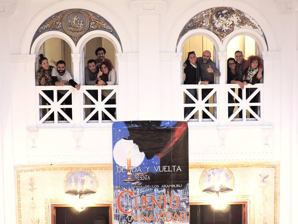 Los integrantes de 'De Ida y Vuelta' posan en la zona noble de Aramburu.