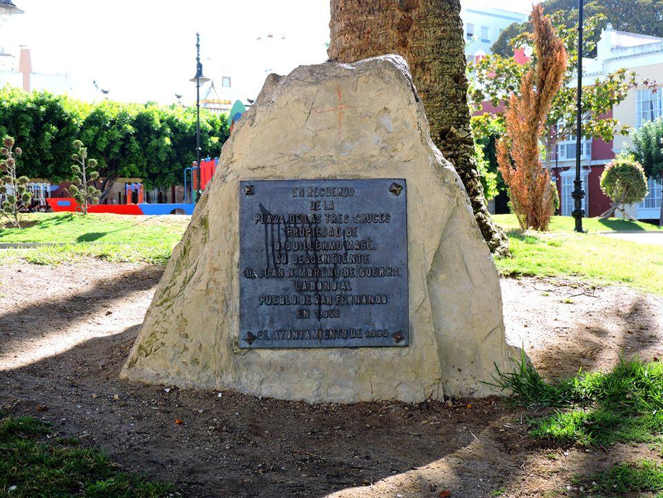 D. Juan Nepomuceno Moreno de Guerra y Macé, descendiente de Guillermo Macé, dona la Alameda a San Fernando en 1855.