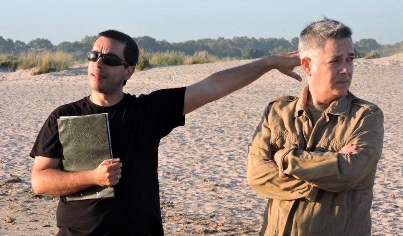 El director, Jaime Contreras, junto al actor Monchi Cruz durante el rodaje.