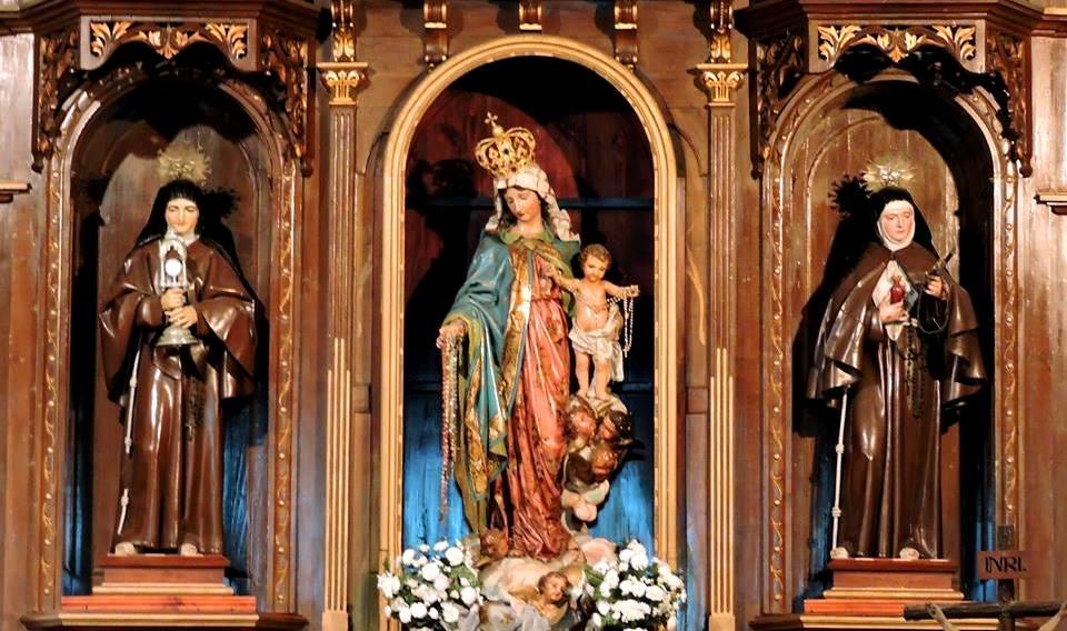 Cuerpo central del retablo antes de perder las imágenes.