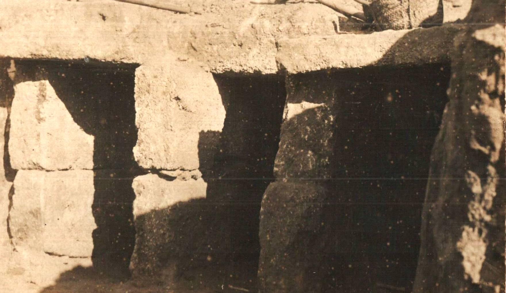 Hipogeos de la necrópolis gaditana excavados por Quintero.