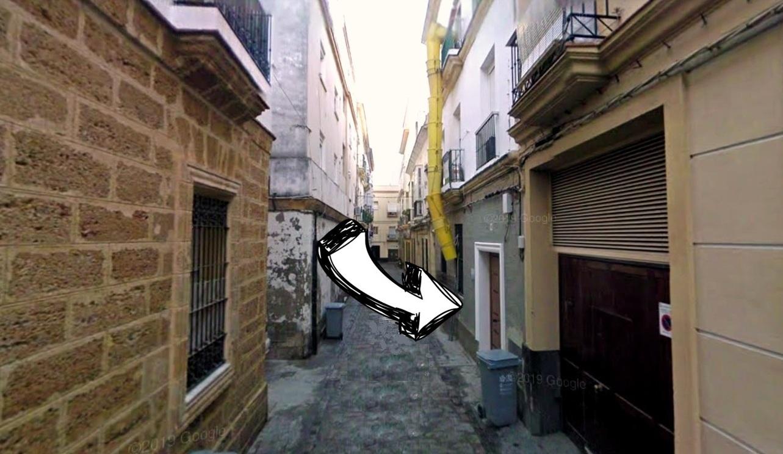 Edificio en el que Tobalito residía con su madre Catalina, número 10 de la calle Pasquín (Cádiz).