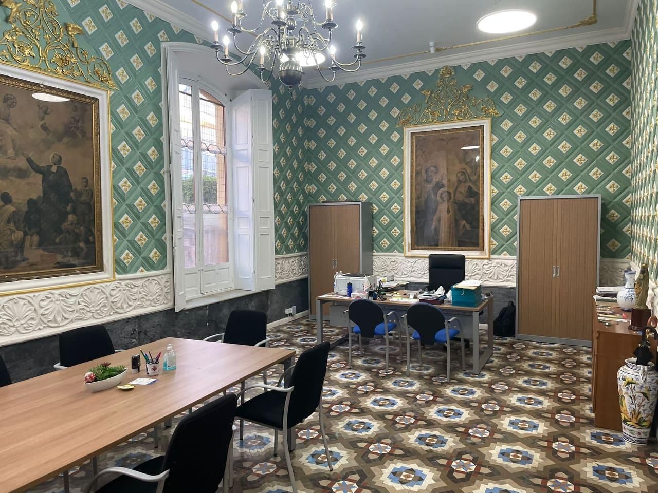 El salón regio, una de las zonas originales del edificio, ha sido recientemente restaurado.