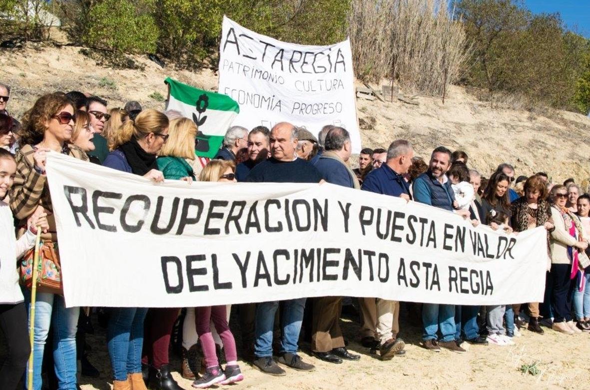 Imágenes de uno de los encuentros de la Plataforma por Asta Regia (Mesas de Asta, noviembre 2019).